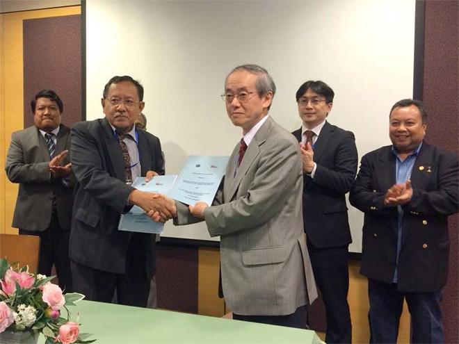 5GMFとIMT-2020 5G Malaysia間の協力覚書締結の様子